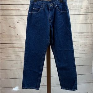 Wrangler NWT Relaxed Fit Straight Leg Blue Jeans